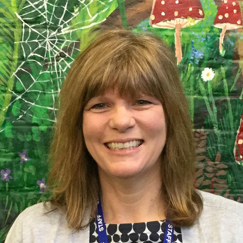Mrs Jo Reid